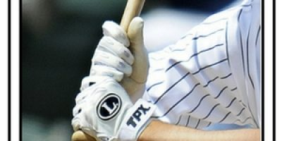 how-to-hold-a-baseball-bat